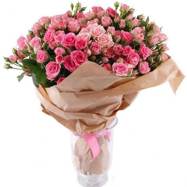 """Букет из кустовых роз """"Розовый фламинго"""""""